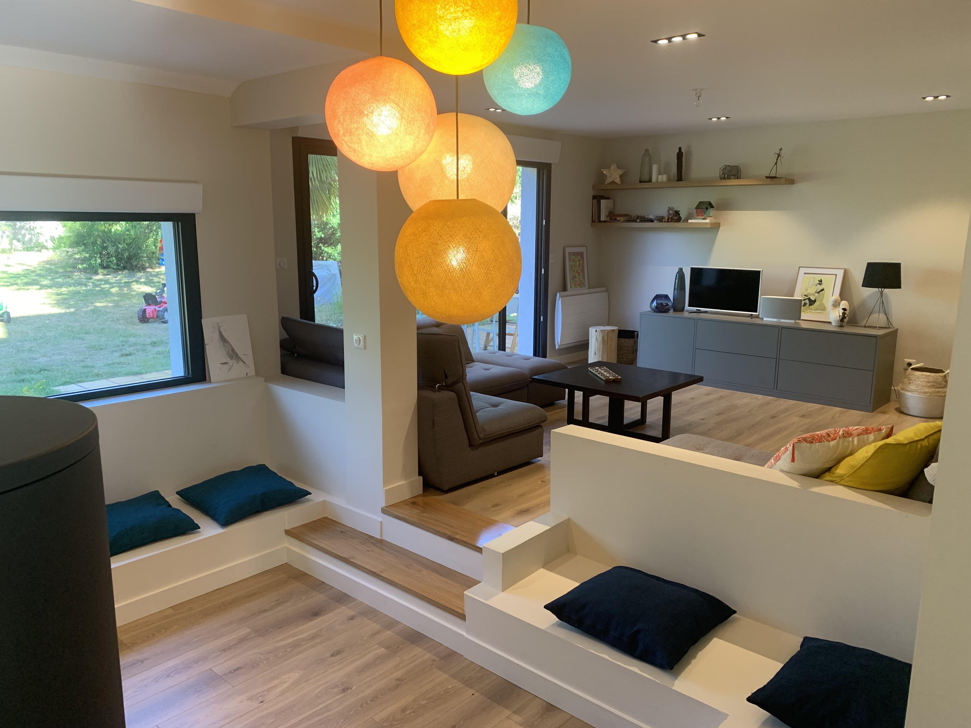 Aménagement salon avec meuble télé sur mesure