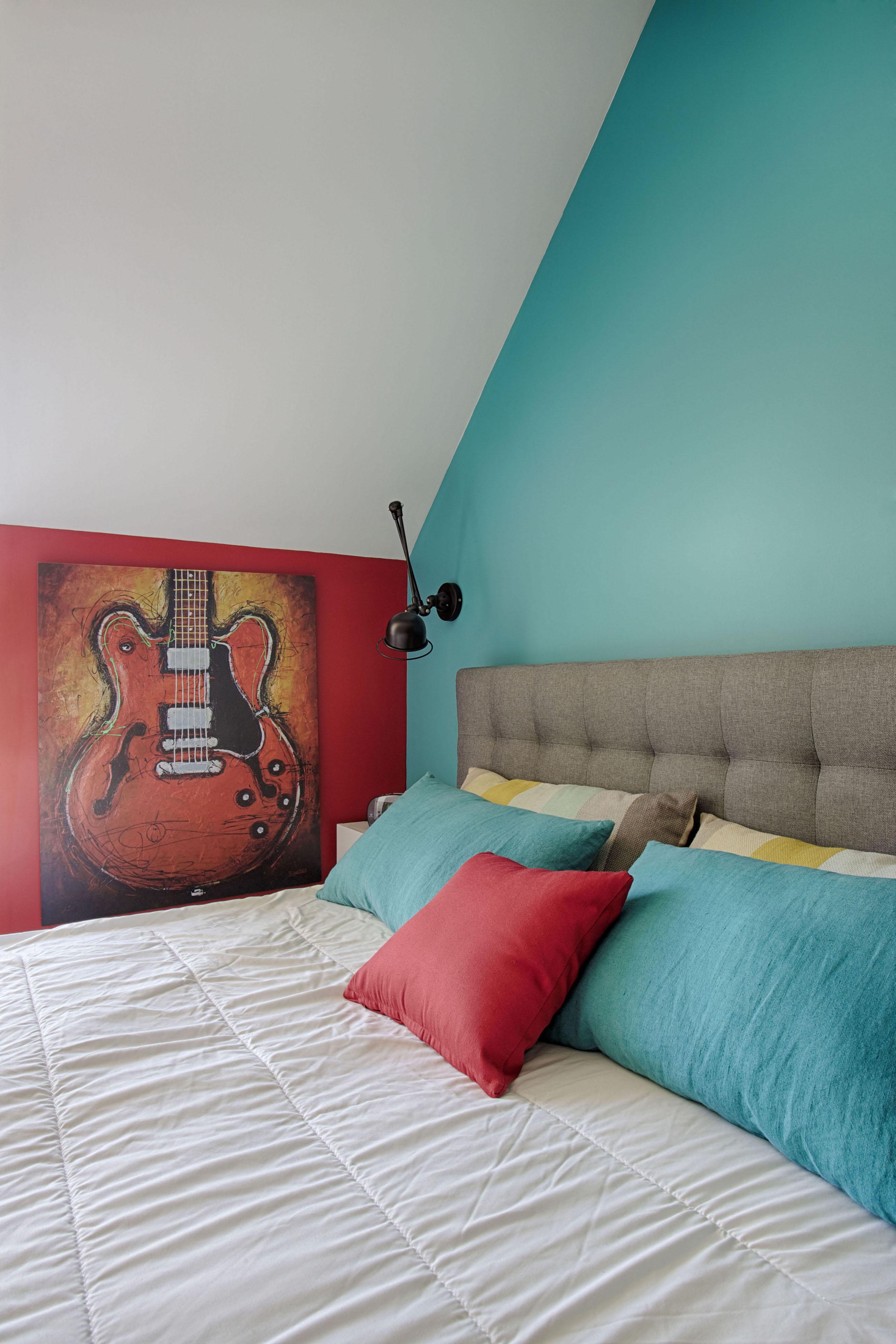 Chambre avec guitare par Peggy Guezello 1001 idées