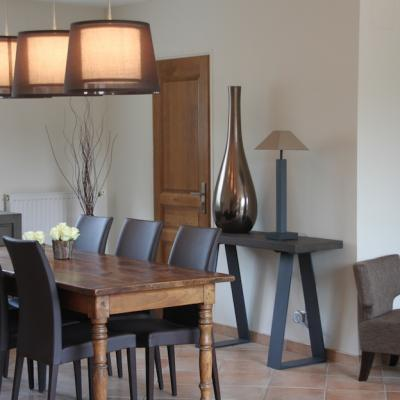 Salon, salle à manger, cuisine d'une maison à Lésigny