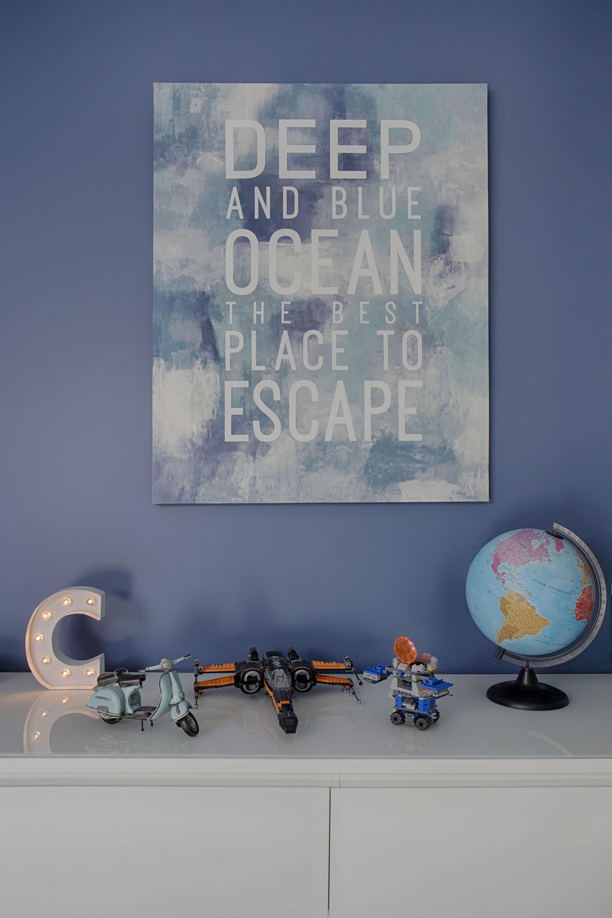 Du bleu en peinture et en tableau pour chambre d'enfant par Peggy Guezello 1001 idées