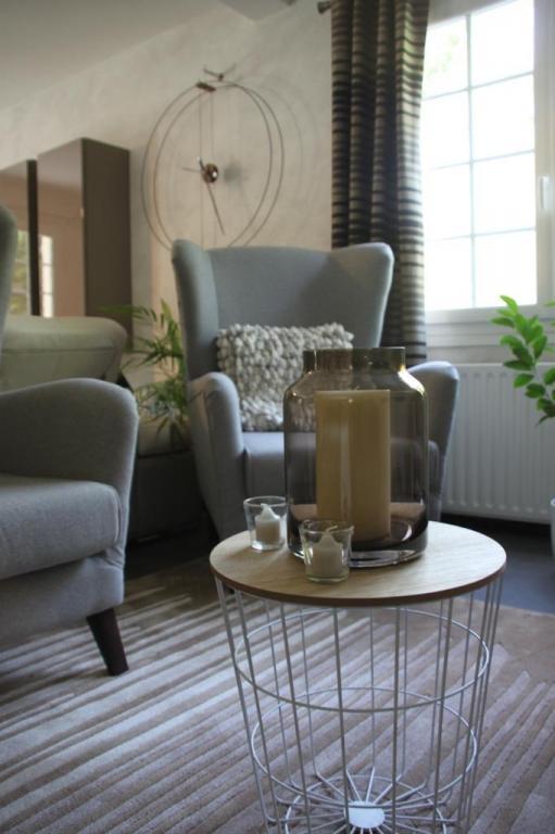Coin cosy avec fauteuil gris