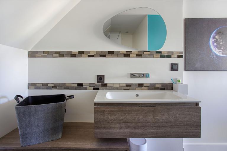 Salle de bains pour suite parentale par Peggy Guezello 1001 idées