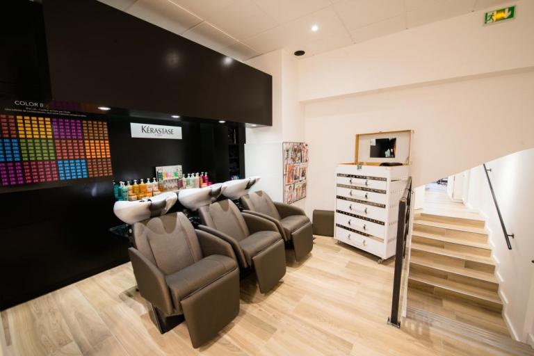 Salon de Coiffure Bac moderne
