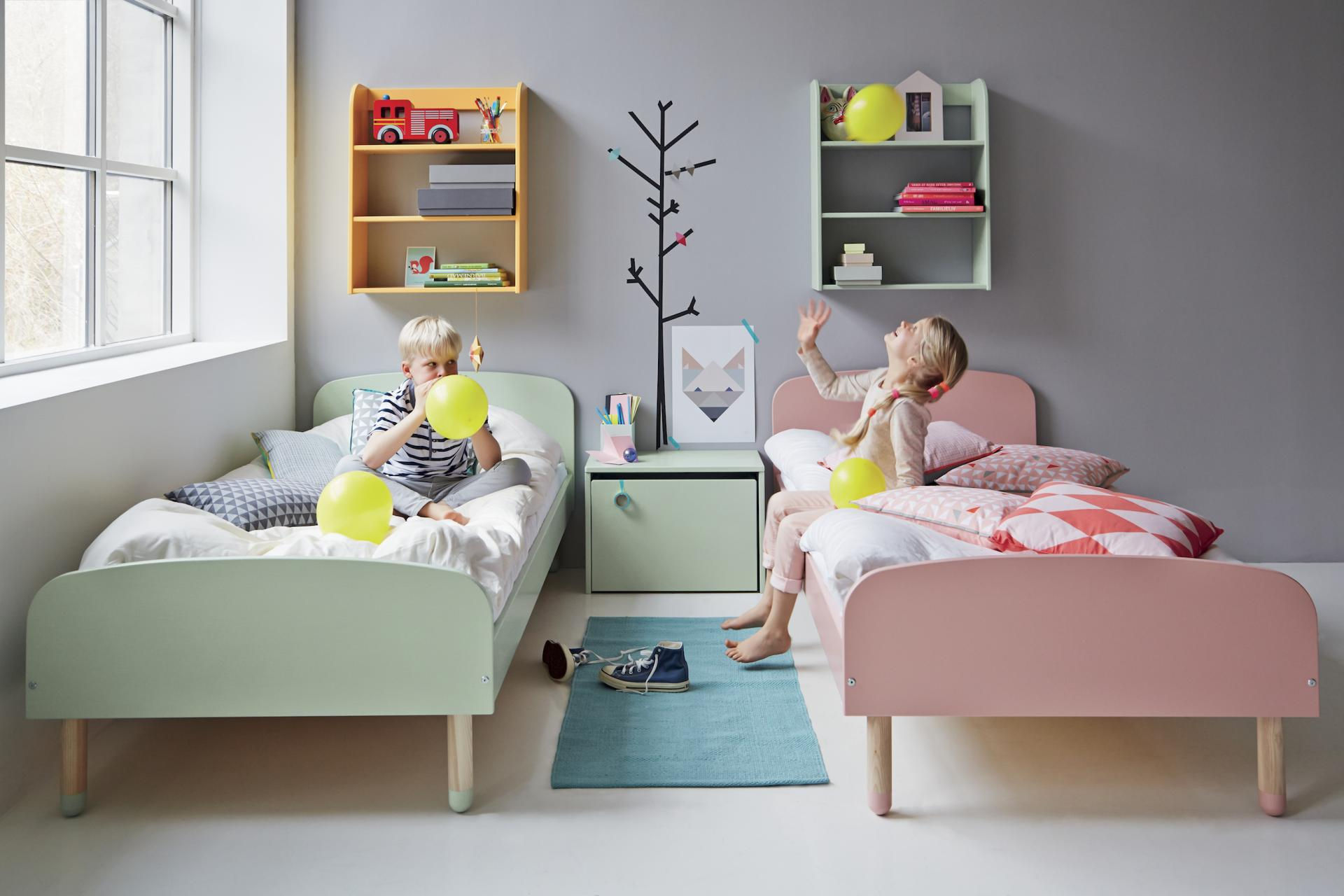 chambre d 39 enfant ambiance nordique. Black Bedroom Furniture Sets. Home Design Ideas