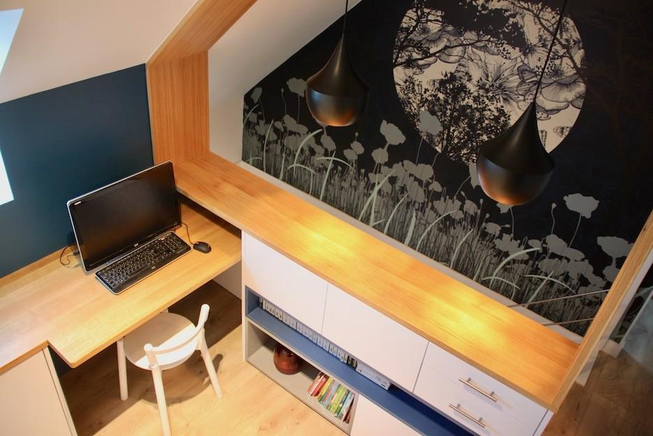 Bureau avec papier peint panoramique lune peggy guezello