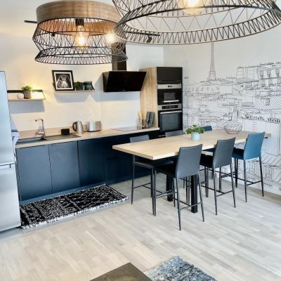 Peggy guezello 1001 ide es appartement chessy vue cuisine avec suspension