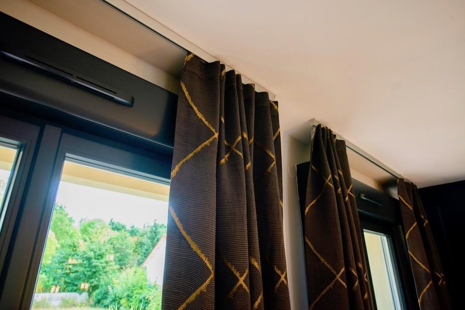 Rail au plafond pour rideau peggy guezello