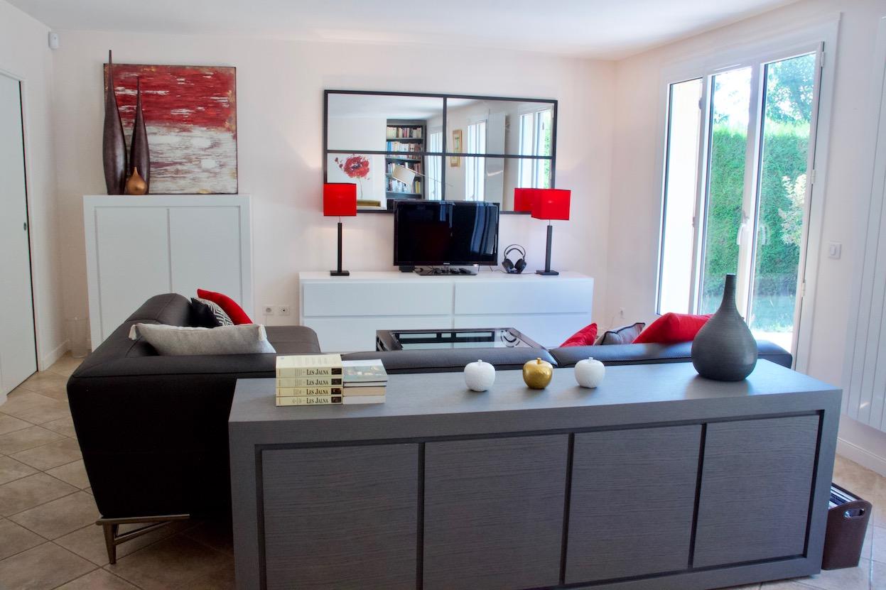 Salon avec meuble sur mesure