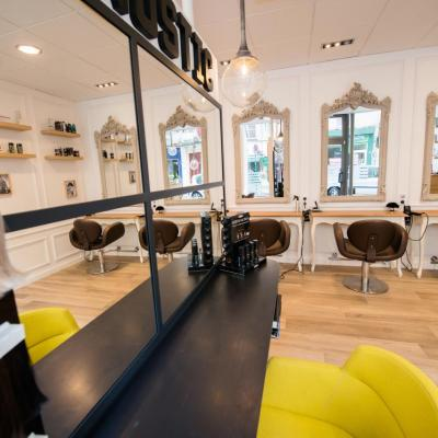 Salon de Coiffure à Vert saint Denis