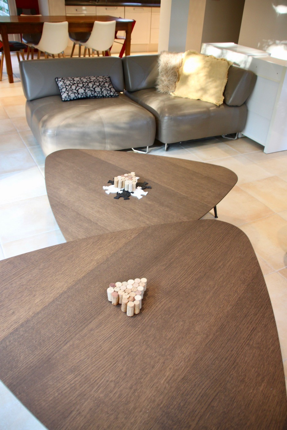Table basse triangle peggy guezello 1001 ide es